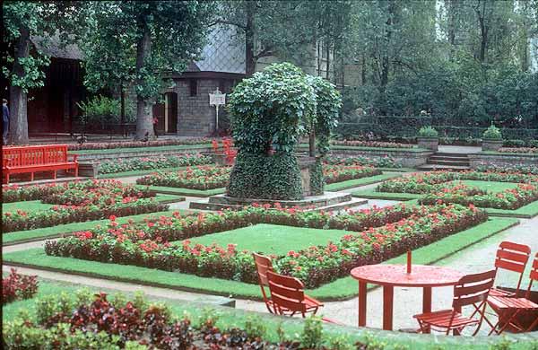 Jardins fleuris forum for Jardin fleuri lyon 9